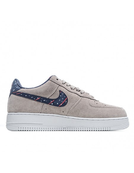 Nike Sportswear Air Force 1 AF 1 Suede Moon Particle Shoes