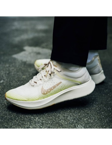 9e83782a1c1b Home · Zoom Fly SP Fast. Previous. Next