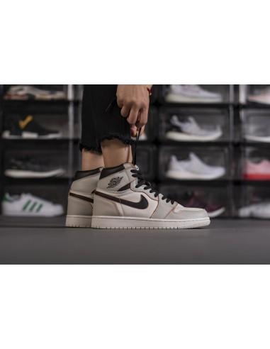 Air Jordan 1 Retro High OG x Nike SB
